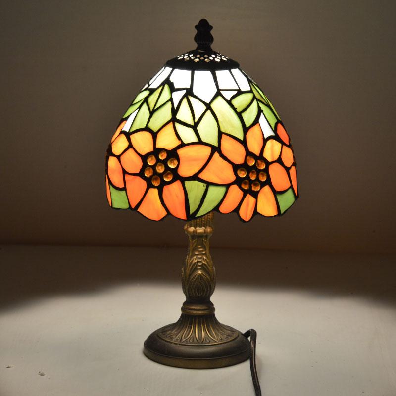 [해외]티파니 작은 테이블 램프 국가 해바라기 스테인드 글라스 침대 옆 램프 e27 110-240 v/티파니 작은 테이블 램프 국가 해바라기 스테인드 글라스 침대 옆 램프 e27 110-240 v